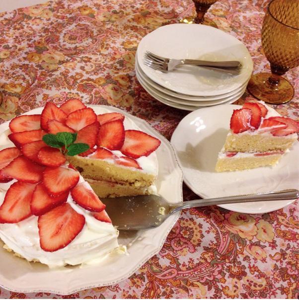 砂糖で作るショートケーキ