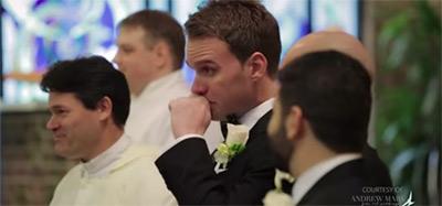 愛する人の花嫁姿を初めて見た時の新郎の幸せすぎる表情3
