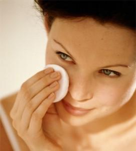 フランス女性は顔を洗わない