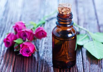 photodune-11421495-rose-oil-in-bottle-s