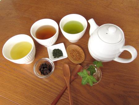 気分が落ちた時、あなたをハッピーにしてくれる食べ物_緑茶