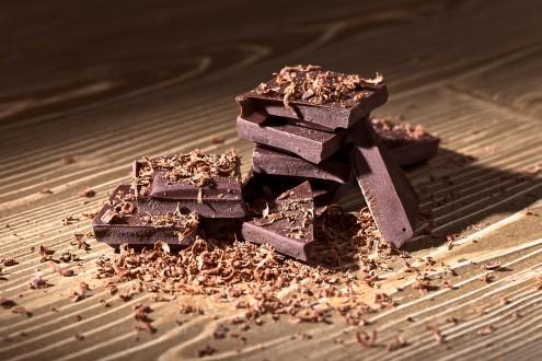 気分が落ちた時、あなたをハッピーにしてくれる食べ物_ダークチョコレート