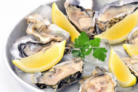 気分が落ちた時、あなたをハッピーにしてくれる食べ物_牡蠣
