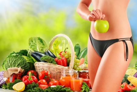 25073663 - dieting balanced diet based on raw organic vegetables
