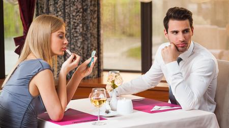 食事デートに誘われた!嫌われるNG行動と抑えたいポイント画像2