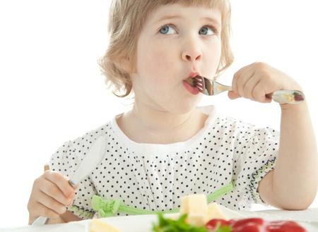 子どもの野菜嫌いを克服させる方法