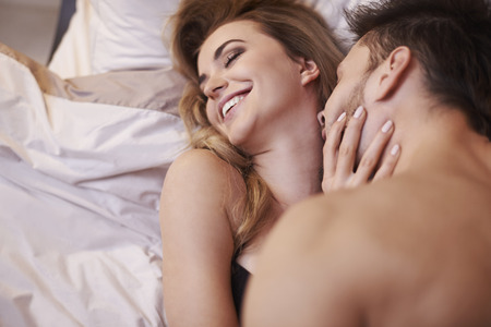 どうして女性はセックスすると好きになってしまうの?女性の心理を徹底解説