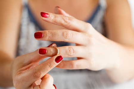 結婚しているのに好きな人ができてしまった時に冷静に考えたい3つのポイント