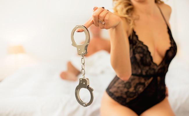 女性がセックスのマンネリ化を防ぐためにやっていること画像4