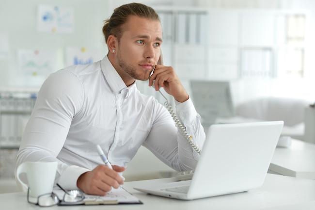 転職予定の同僚の連絡先を聞く方法1画像