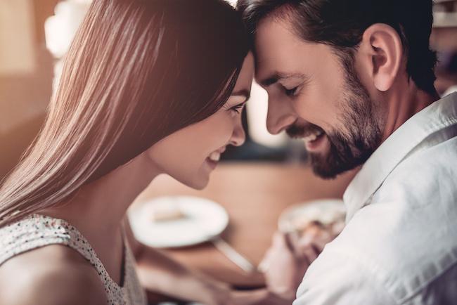 バレンタインデーは、彼氏にプレゼントも必要?彼氏に喜ばれるバレンタインデーを解説!4
