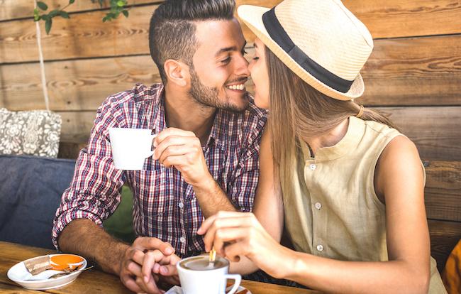 「付き合ってください」と男性が告白をしたくなる女性の行動とは?1画像