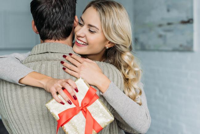 婚約指輪のお返しって何が良い?記憶に残るお返しをしよう!