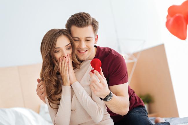 若者の結婚離れ!?それでも年下彼氏に結婚を決意させる3つの方法
