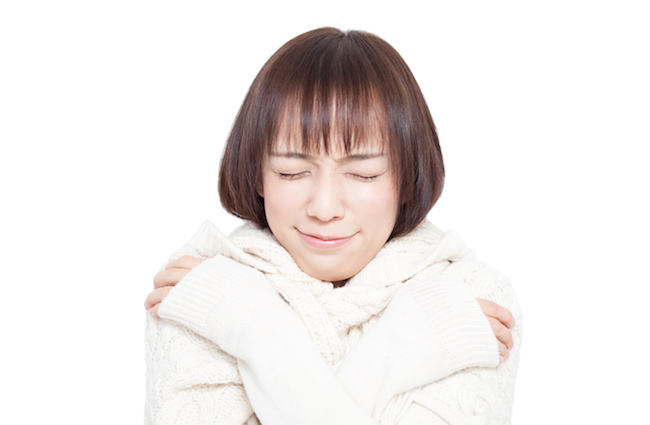 ツライ冷え性…「万年冷えを感じる女性」が冷えを改善するためにやっていること3つ