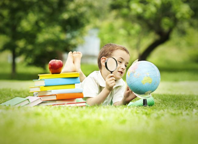 夏休みの自由研究のテーマの決め方  自由研究の本とキット