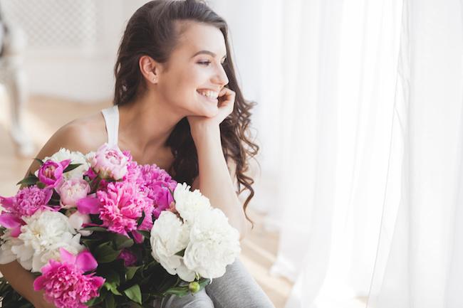 毎日充実していそうな女子は「いつでも前向き」!前向き女子の幸せの法則3つ