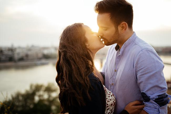 とろけるようなキスで彼をメロメロにさせちゃおう。何度でもしたくなるキステク♪1画像