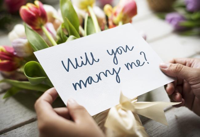 「そろそろプロポーズされたいな♡」彼へプロポーズを催促する方法2画像