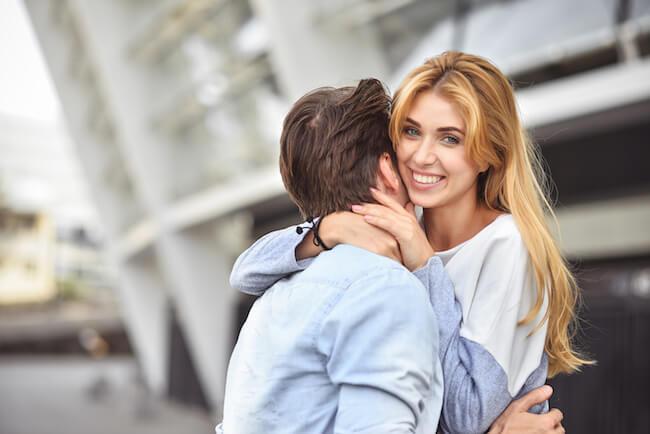 【気づかれないことが大切】無意識に彼に結婚を意識させる方法とは?