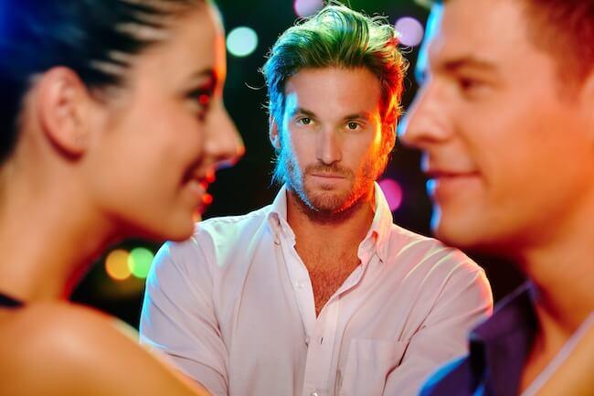 気をつけて!彼氏を本気で怒らせる、男友達への言動とは?3画像