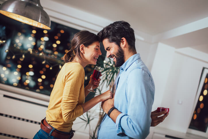 結婚した男性は「結婚前に比べて」なにが変化する?