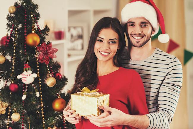 クリスマスまでに!気になる彼を夢中にさせるLINEテク3選1画像