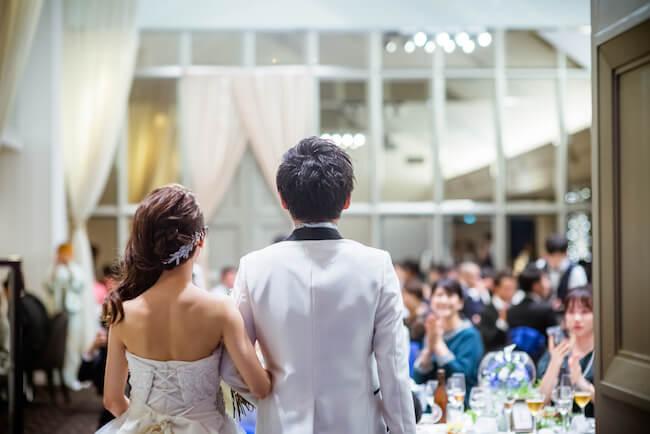 婚活アプリで出会った婚約者。結婚式で「出会いのきっかけ」はなんて紹介する?