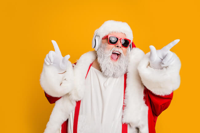 クリスマスはもうすぐ!クリスマス気分を上げてくれるクリスマスBGM