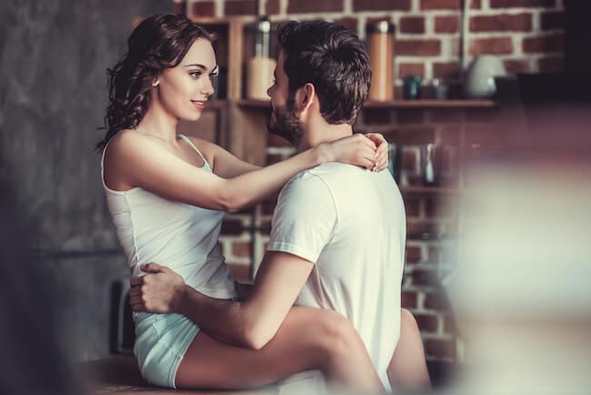 彼女と付き合って幸せ」と男性が実感した瞬間