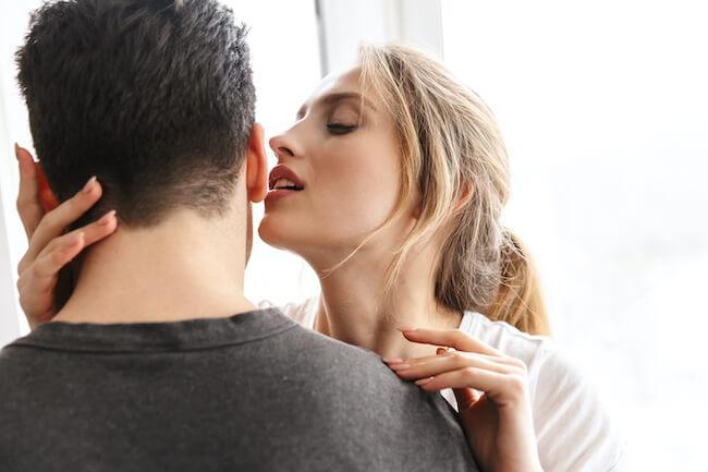 聴覚を刺激する!男性がセックス中に言われたい胸キュンワード