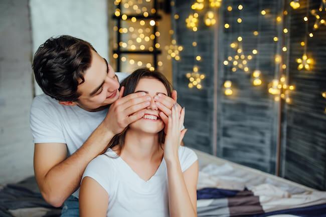 手放せない彼女になるための「愛される恋愛」の法則