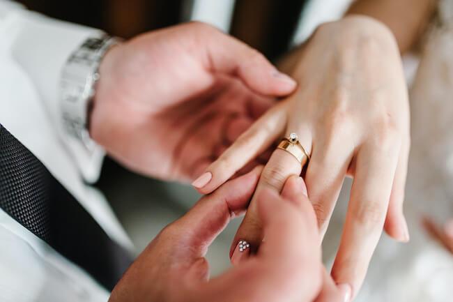彼氏にプロポーズを催促する手順