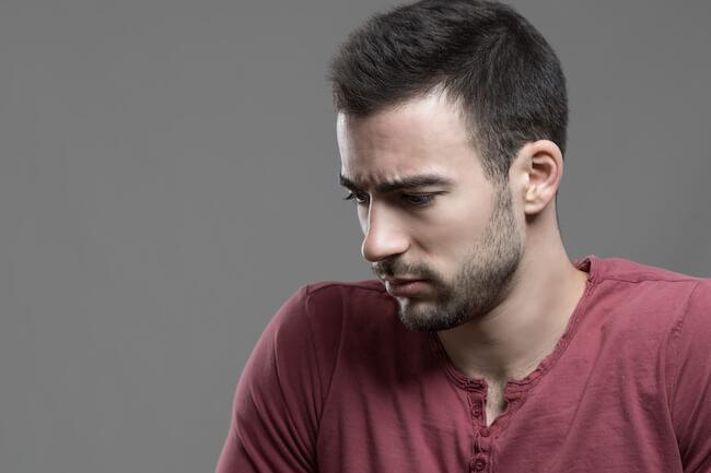 「好き避け」は男性にもある!好き避けのメカニズムと対処法