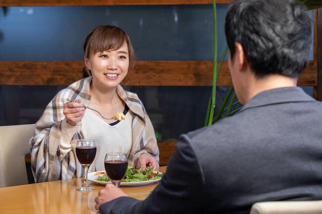 片思いの人を振り向かせる食事マナー3選