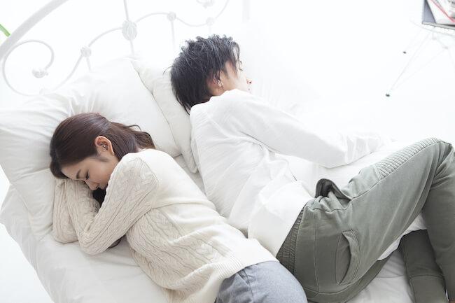 隣で寝てるのに彼が何もしてこないのはナゼ?気になる6つの理由とは?
