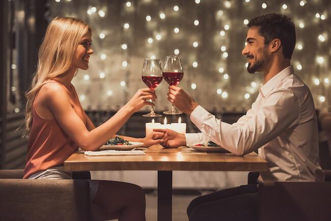 愛する人は既婚者ばかり……。不倫沼にハマる女性の特徴とは1画像
