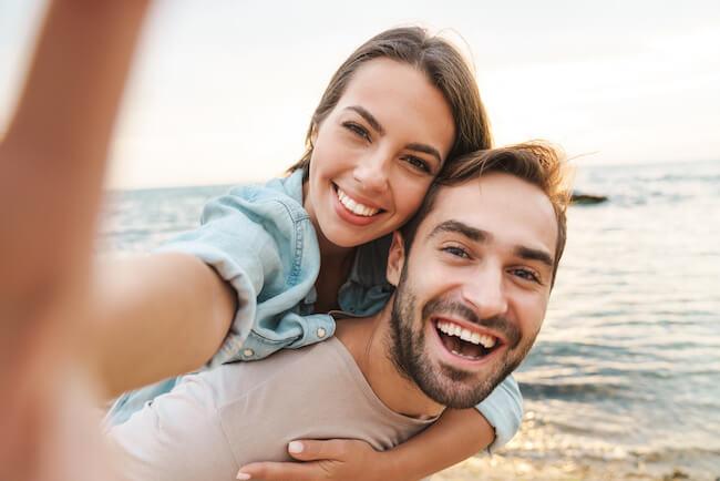 「結婚しよっか♡」男性が一生愛せる女性への行動4つ