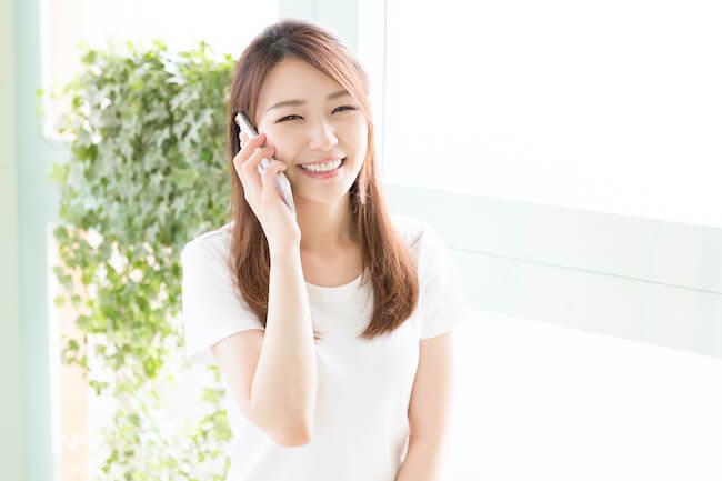 電話で無言になっちゃうのが怖い…みんなは何話してるの?盛り上がる話題はこれ