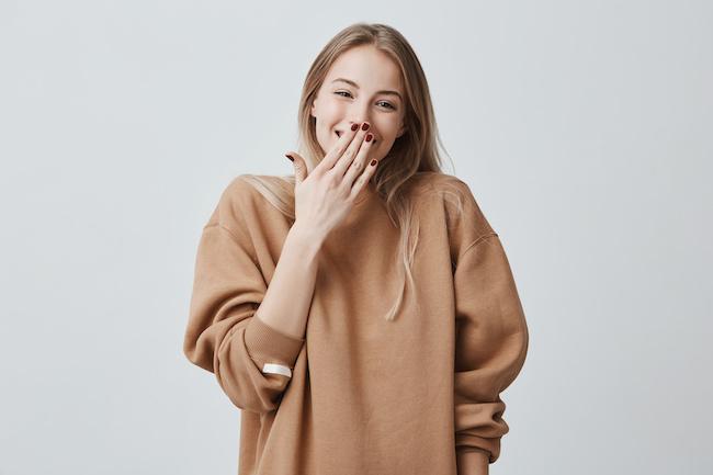 彼女の声が好きです…!男性が好きになりやすい女性の声の特徴5つ