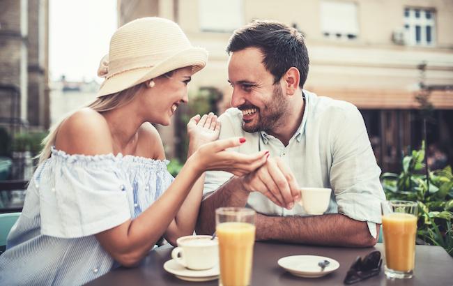 「これってもしかして…♡」男が好きな相手にだけする大好きアピールとは?