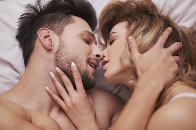 男性がセックス中に考えていること