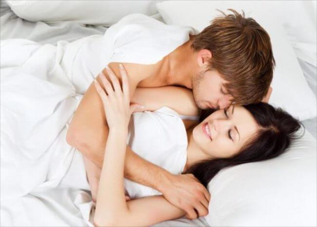 幸福度の高いセックスの頻度って?週に○回が幸せになる!画像