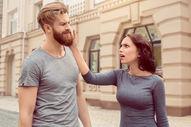 限界きました…!彼氏が彼女との別れを決めたきっかけとは?