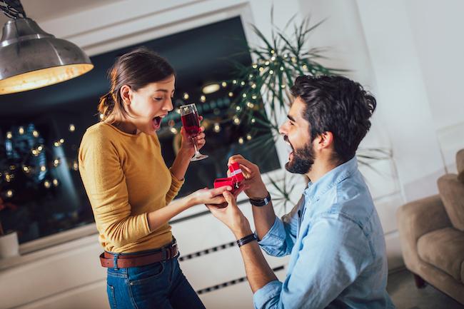 長年付き合っても結婚に踏み切らない彼氏…結婚を決意させる方法とは?