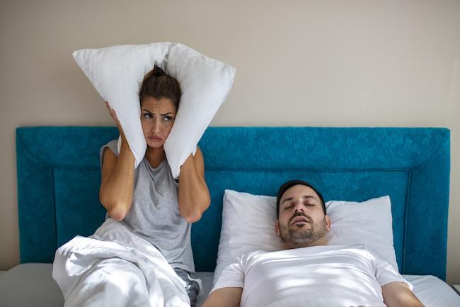いびき離婚もありえる?!いびきのひどい旦那と暮らしていくための工夫3選