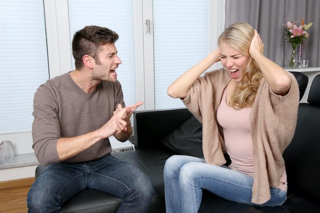 可愛くても浮気される!結婚後に不倫される妻の特徴