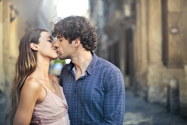 キスされたのに告白されなかった…どんな意味があるの?男性の心理とは
