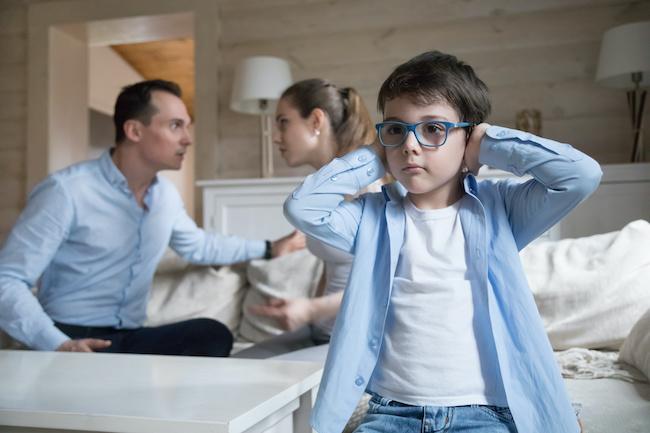 子供の為に踏み出せない離婚…子供は本当はどう思ってる?