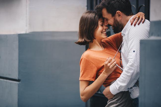 恋愛の駆け引き参考書 ~攻めるべき場面と待つべき場面~
